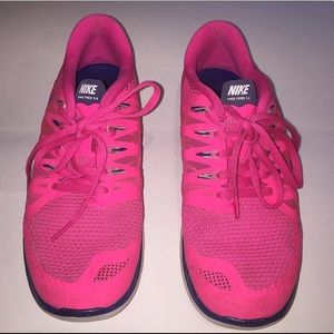 NIKE: Must Have Hot Pink Nike Free 5.0! (Size 7.5)